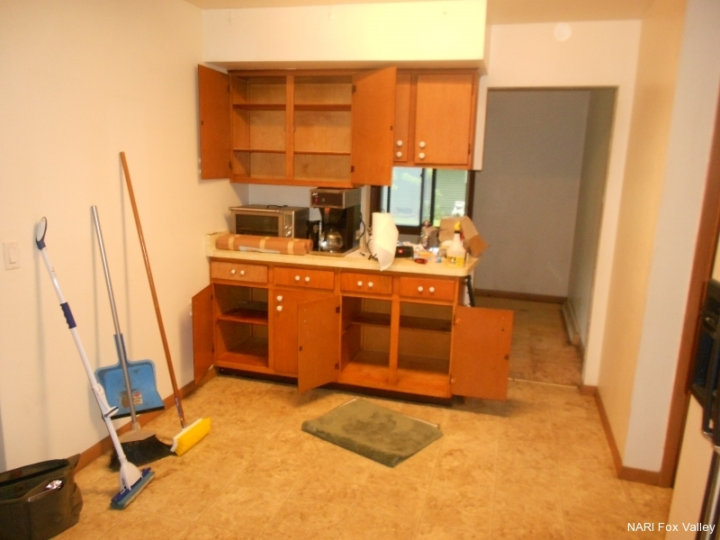 Residential Kitchen $30,001 to $60,000 - Before by Distinctive Renovations